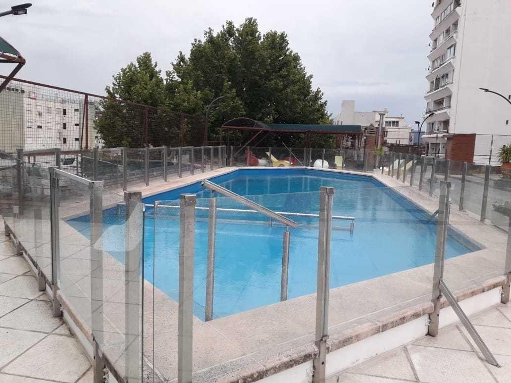 villa carlos paz - galeria acuario - local en alquiler
