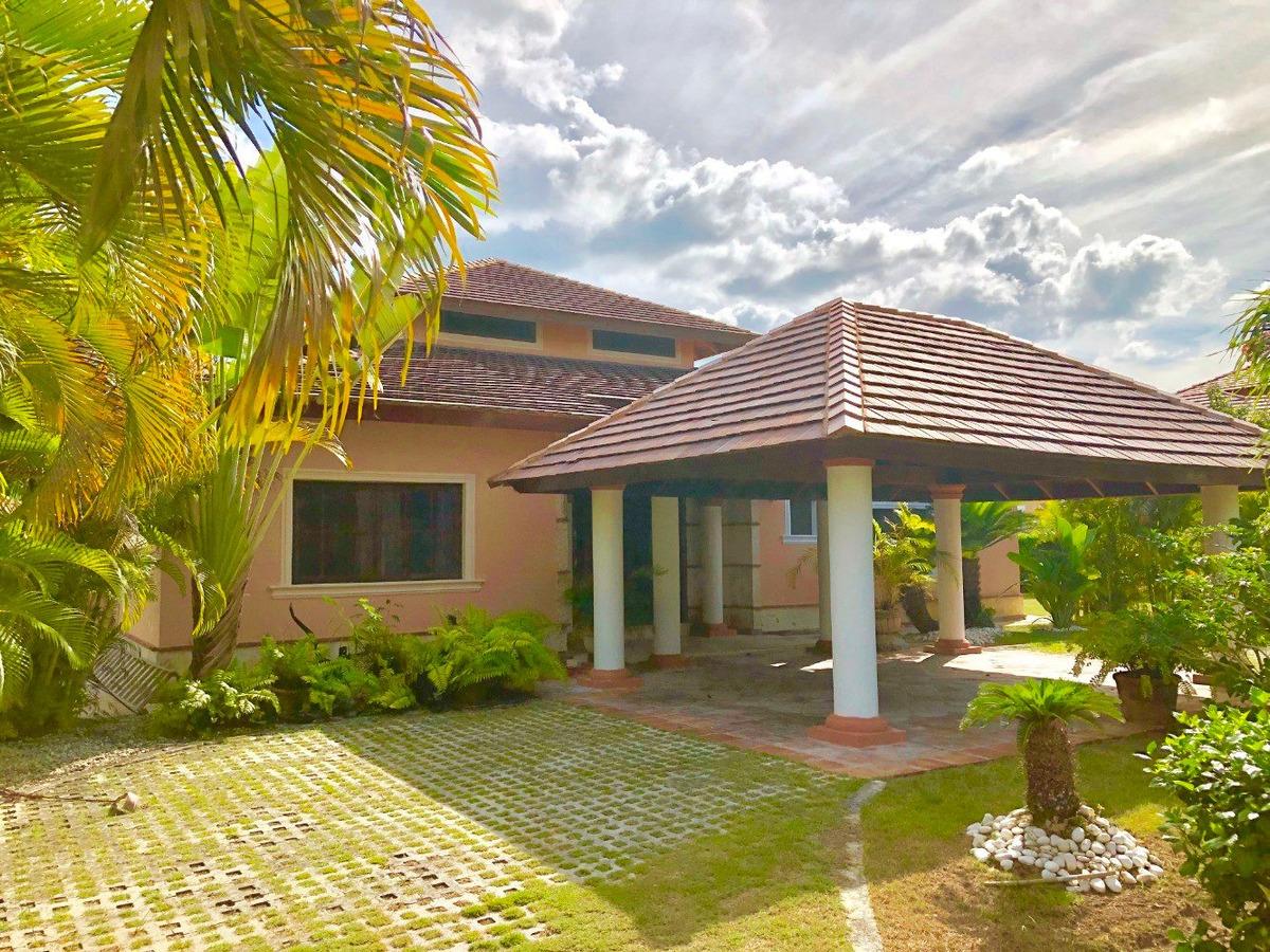 villa de golf 3 dorm. con piscina privada, cocotal, bavaro