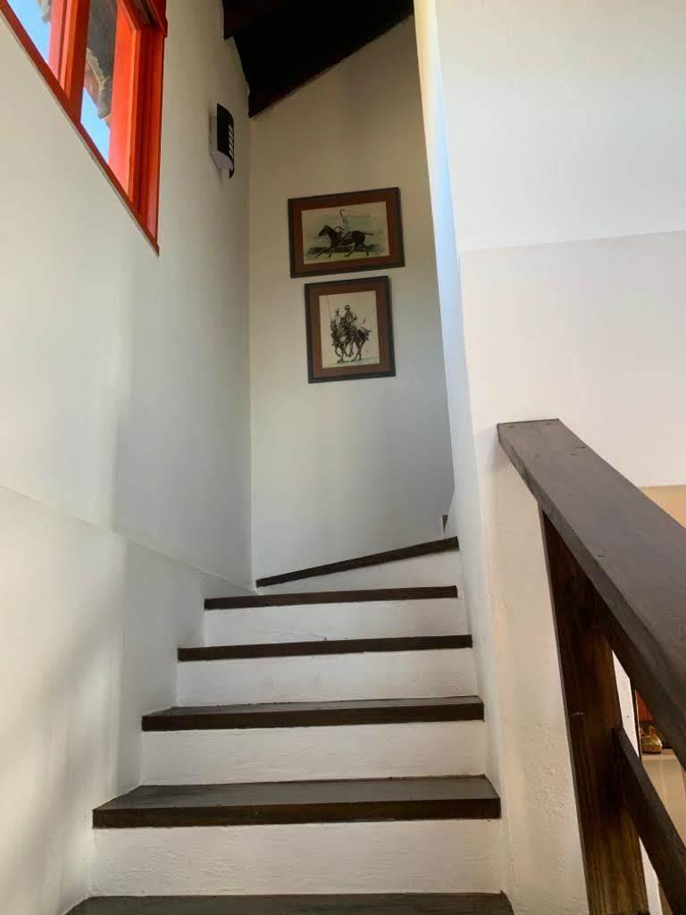 villa de venta amueblada en resd. vía hatillo-jarabacoa.