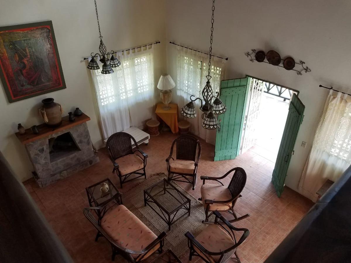 villa de venta en hermoso paraje en jarabacoa