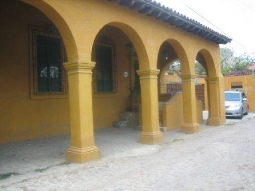 villa en barrio san juan, del tanque