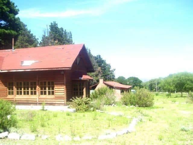 villa giardino cabaña