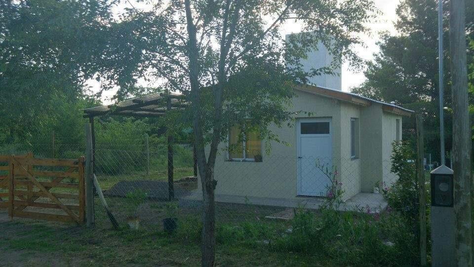 villa giardino casa con pileta con calle reartes
