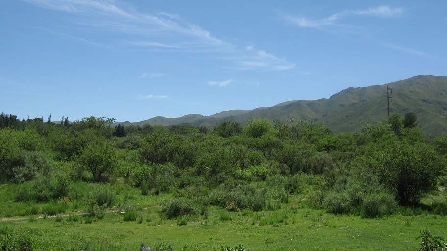 villa giardino fraccion de 1 ha con vista predominante