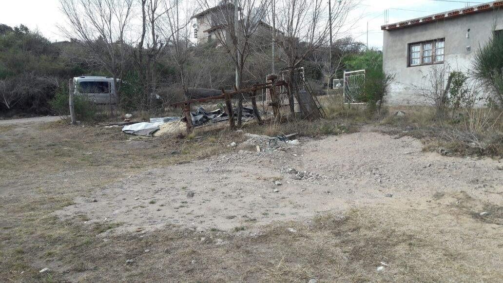 villa giardino lote en barrio la higuerita sobre calle tacuara
