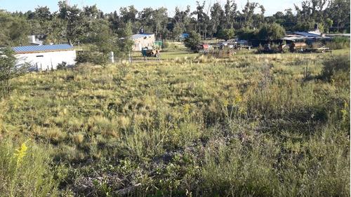 villa giardino lote en santa cecilia sobre calle derqui