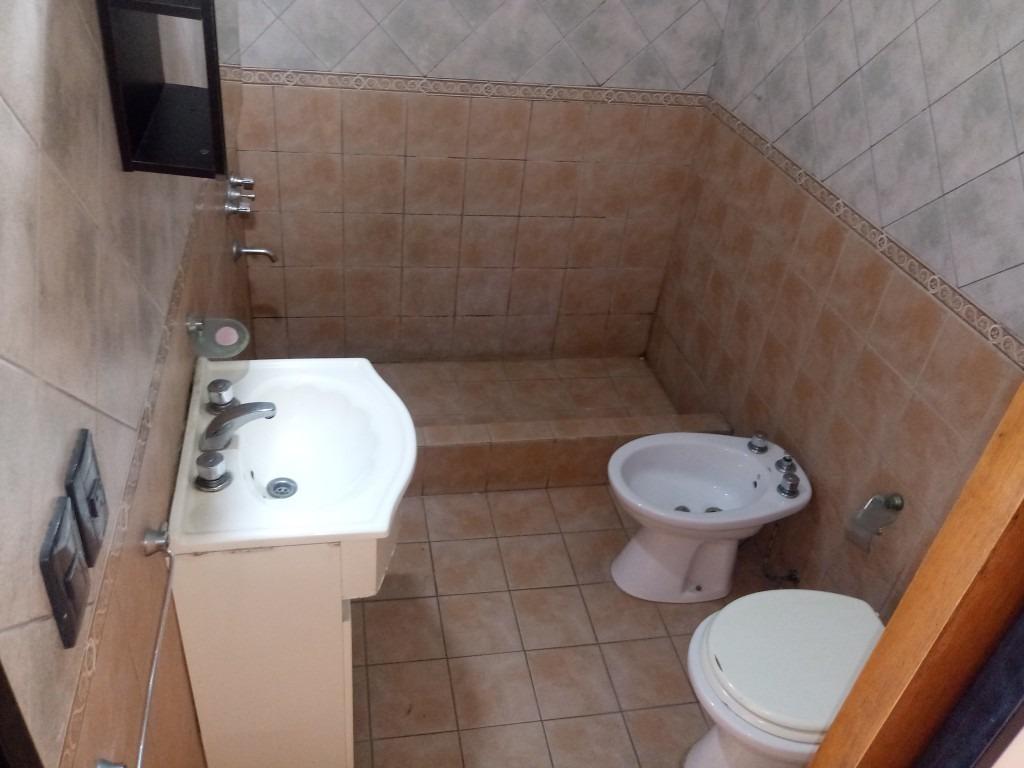 villa luzuriaga:duplex 3 1/2 amb c/esp guardacoche