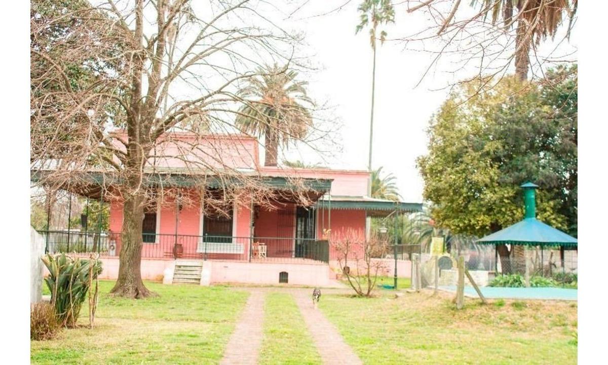 villa marieta  es un hermoso casco de estancia construido e