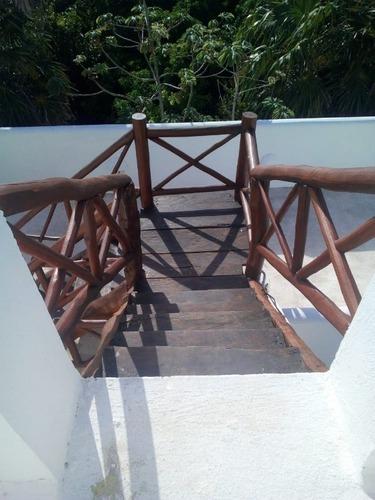 villa ocean front en akumal en renta c2598