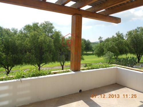 villa penthouse de 4 hab. en balvanera polo & country club