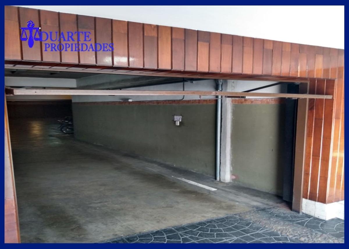 villa pueyrredon/ venta cochera cubierta