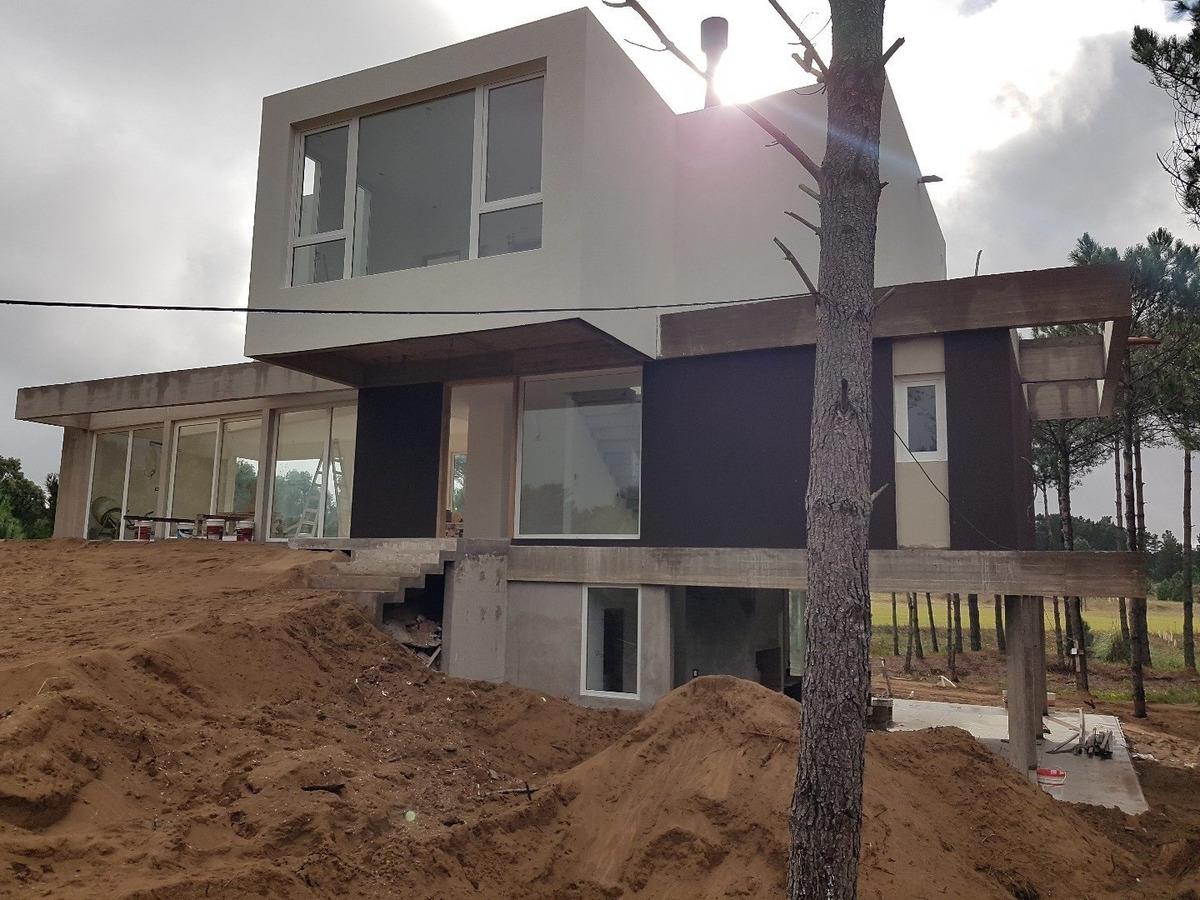 villa robles  barrio i lote 21