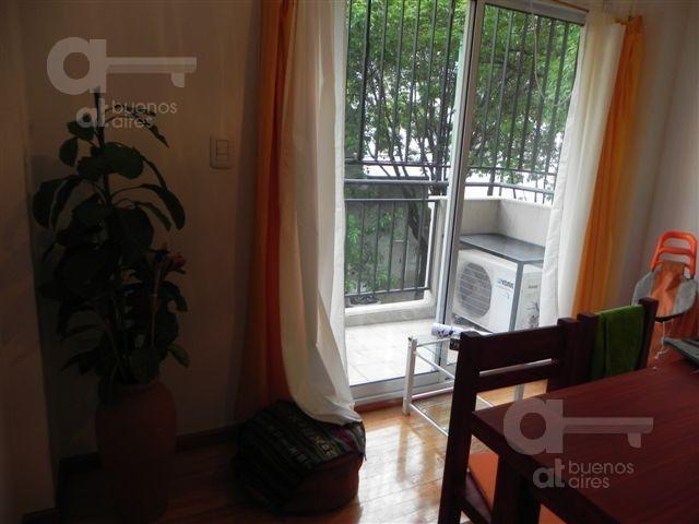 villa urquiza - 2 amb - muy luminoso - excelente zona - alquiler temporario sin garantía -