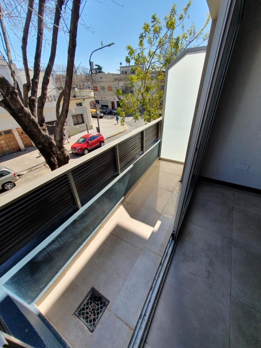 villa urquiza 4 ambientes patio terraza quincho 3 baños