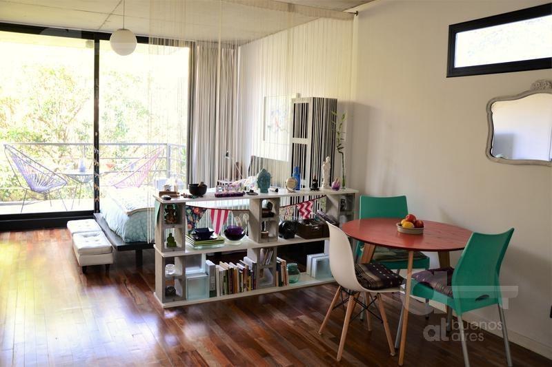 villa urquiza- excelente monoambiente- equipado- con balcón- alquiler temporario sin garantía