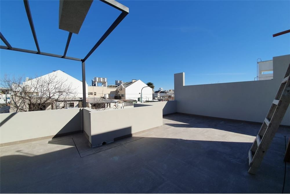 villa urquiza ph 2 amb  terraza 2 baños p permuta