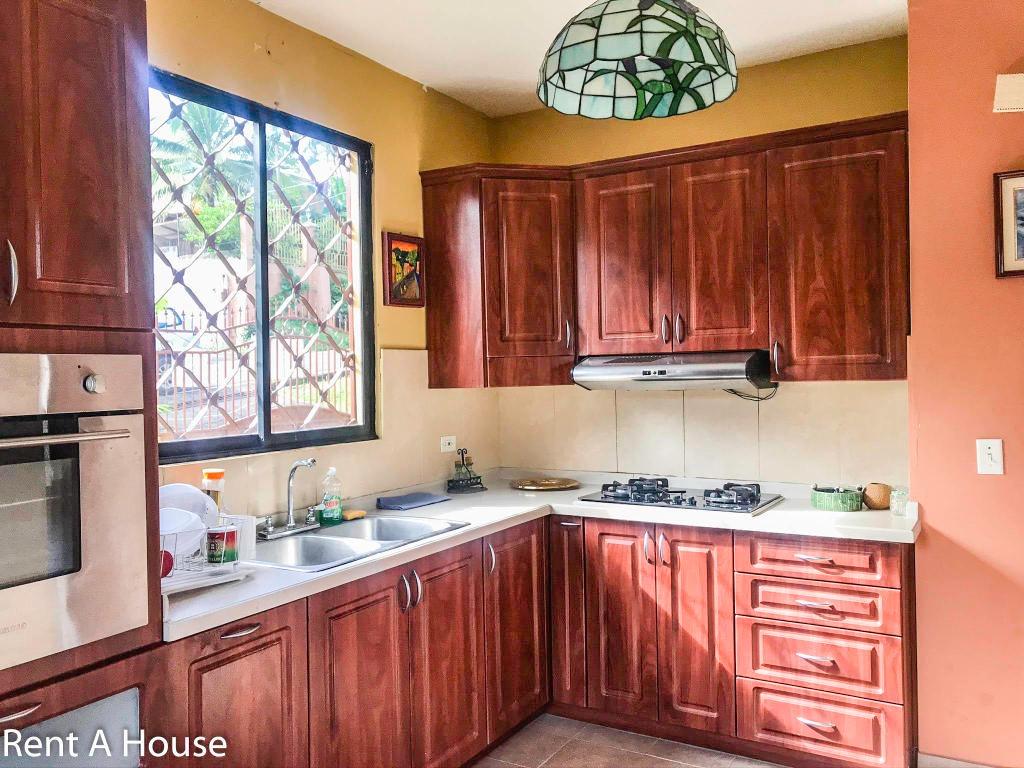 villa zaita cómoda casa en venta panamá
