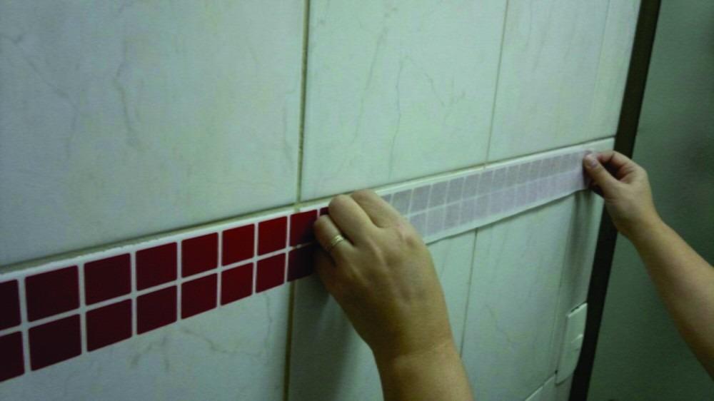 Vinil Adesivo Para Banheiro, Cozinha, Pastilhas, Azulejo  R$ 1,00 em Mercado -> Gabinete De Banheiro Onde Comprar