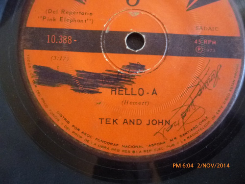 vinilo single de tek and john -  hello a ( i140