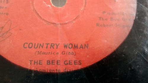 vinilo single the bee gees --country woman ( u139