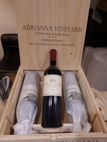 vino adriana river stone 2016 100 punt r. parker x 3 celler