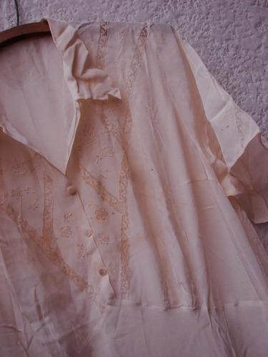 vintage ropa antigua  divino camison en saten con puntillas