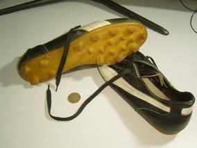 Pin de Joe en Footwear | Zapatos de fútbol, Zapatos de