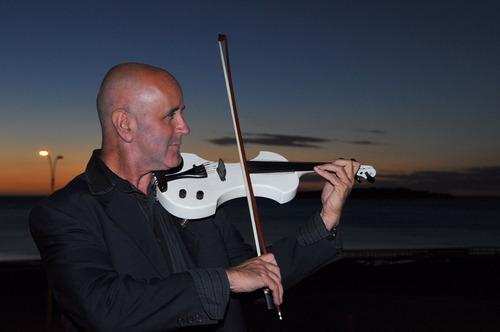violinista para eventos empresariales,15 años, bodas y mas .