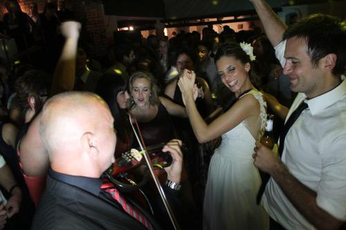 violinista para eventos empresariales,15 años, bodas y otros