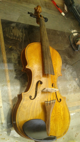 violino feito a mão