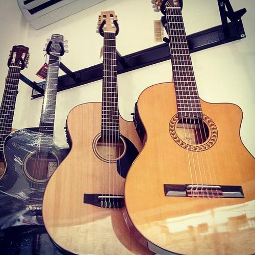 violão clássico di giorgio estudante 18