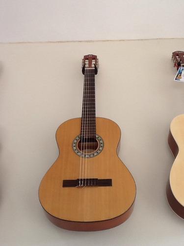 violão michael semi novo!otimo estado e cordas novas...