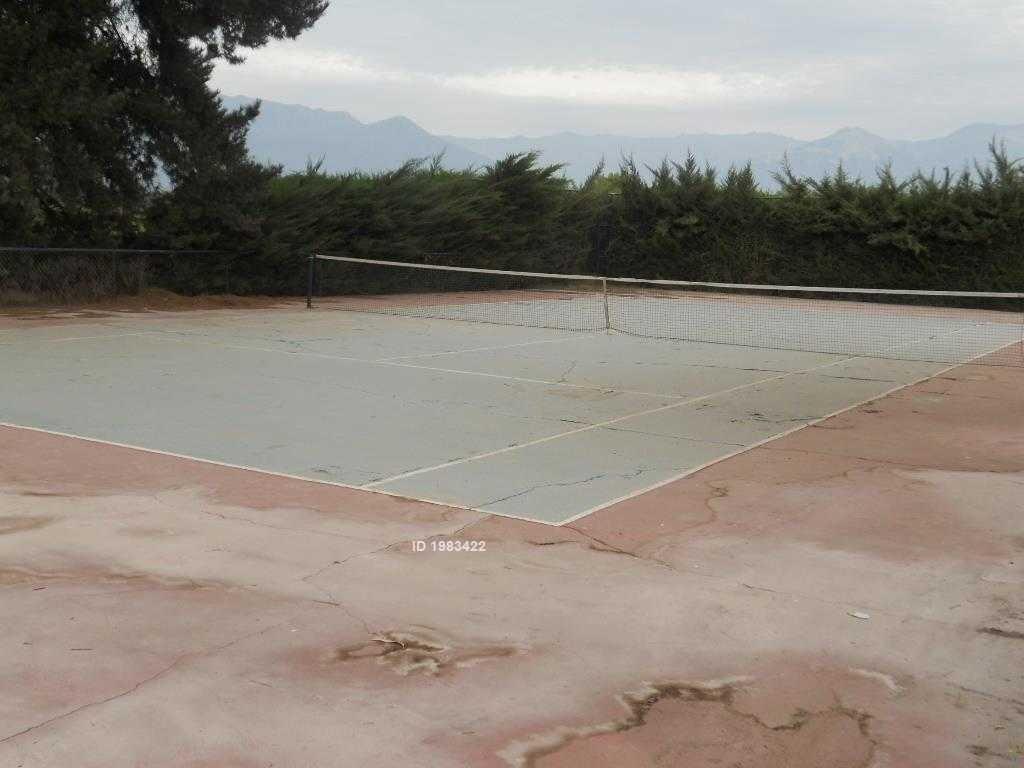 virginia subercaseaux, santiago, pirque                               3300