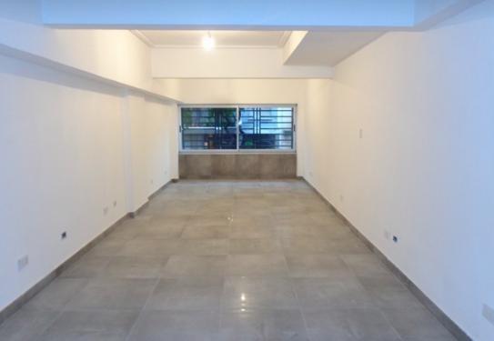 virrey cevallos al 700 esquina independencia 320 m2 refaccionado a nuevo