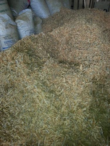 viruta de aserrin sustituto de arena para gatos
