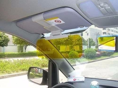 visera bloqueadora de luz solar en auto