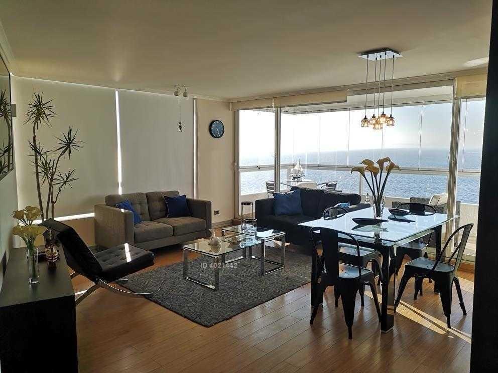 vista despejada al mar. 2 habitaciones, 2 baños, 2 estacionamientos.