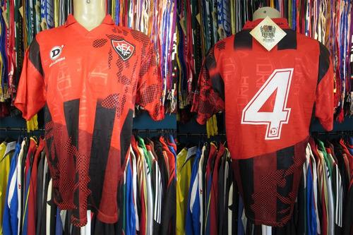 vitória 1996 camisa titular tamanho g número 4.