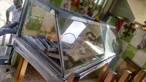 vitrina baño maria