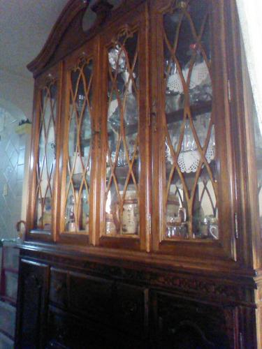 vitrina caoba