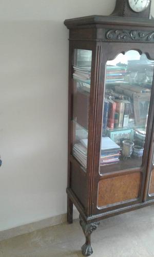 vitrina chippendale