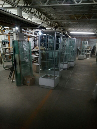 vitrina cristal con aluminio puertas corredizas  tipo torre