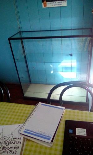 vitrina de vidrio