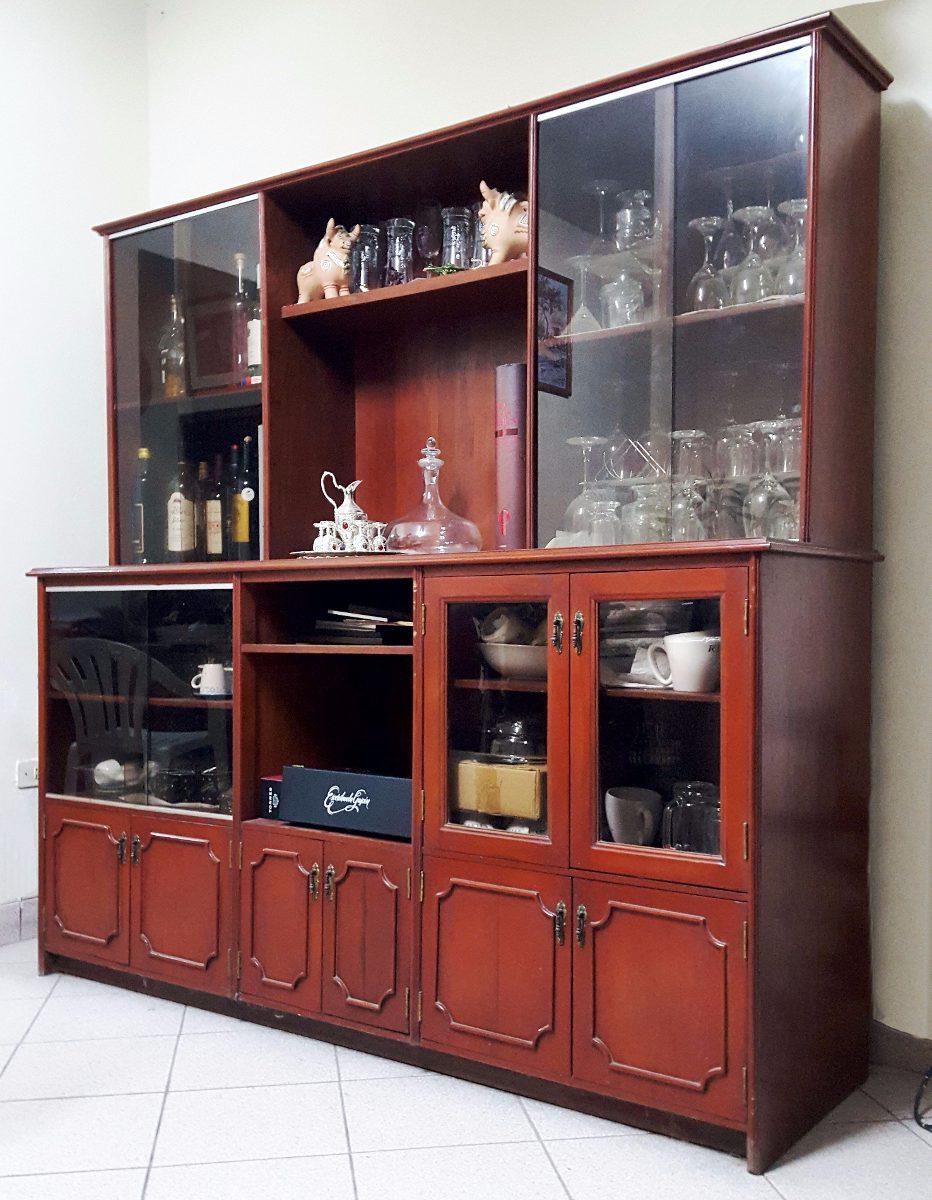 Vitrinas de madera para comedor vitrinas de comedor for Vitrinas para comedor