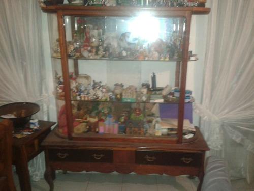 vitrina juguetero antiguo