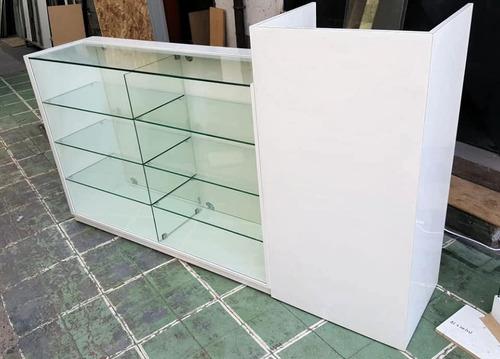 vitrinas. mesones vitrina. mobiliario comercial. cajas
