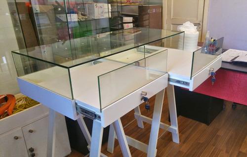 vitrinas. muebles comerciales para joyerías y negocios