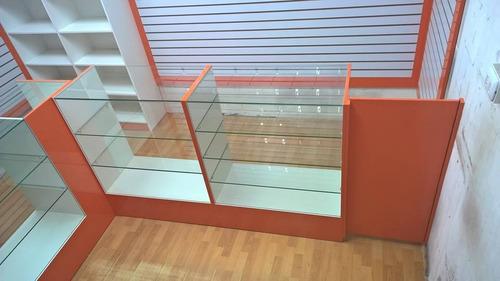 vitrinas.mesones,.mobiliario comercial. muebles a medida