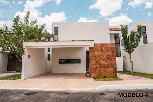 vivanta privada de casas 2 niveles 4 modelos 3 recamaras y piscina conkal  yuc.