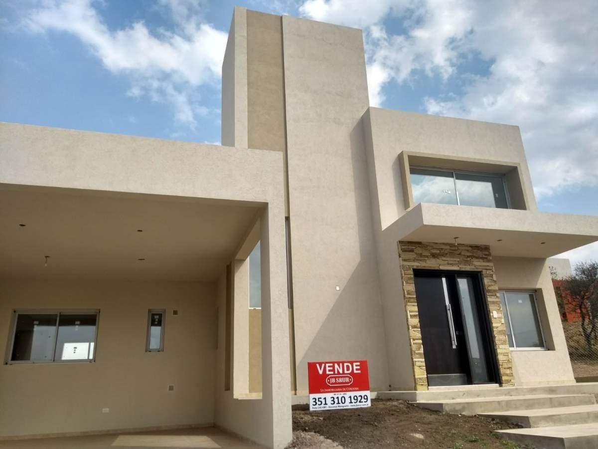 vivi de una manera única-casa en venta en las cañitas barrio privado